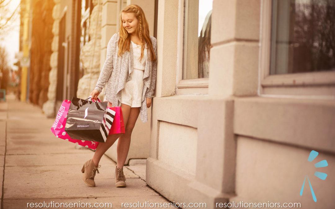 Lexi – Shopping Model Shoot!